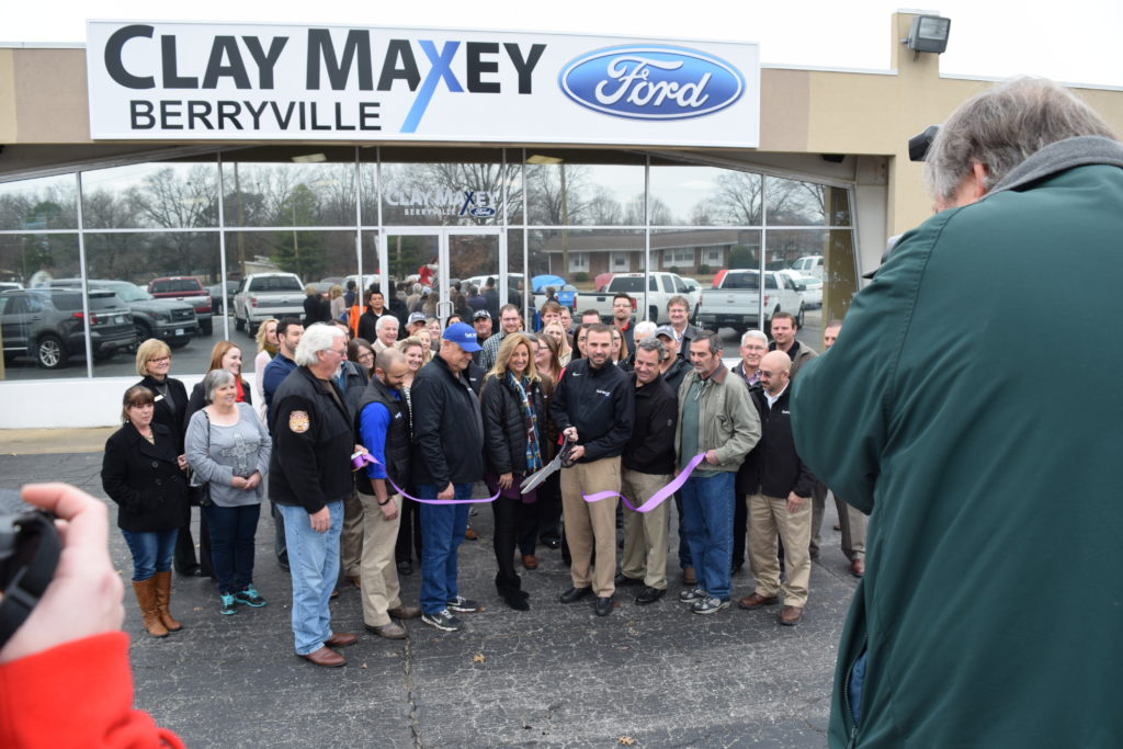 The Greater Berryville Area Chamber of Commerce Welcomes New Owner At Ribbon-Cutting Event